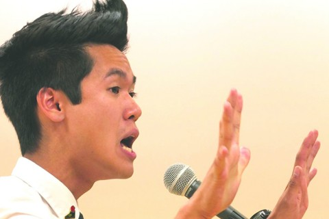 Alex Dang captivates listeners with reality and hilarity.