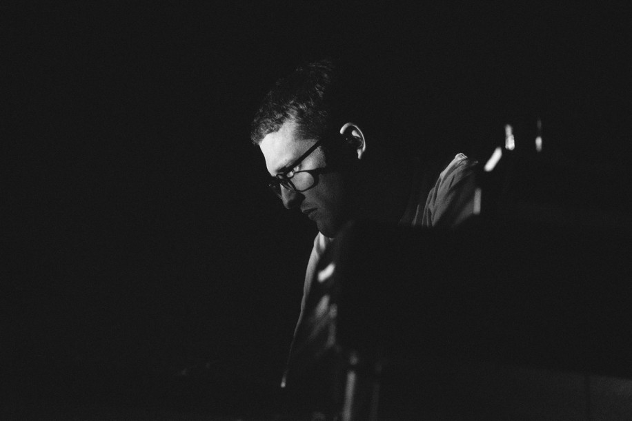 Floating Points combines different music genres to create a chill electronic sound.