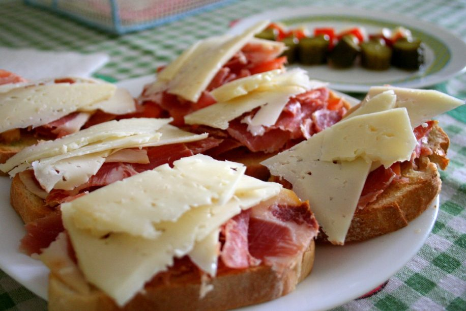 WEB_Food_Juan Fernandez_Wikimedia Commons