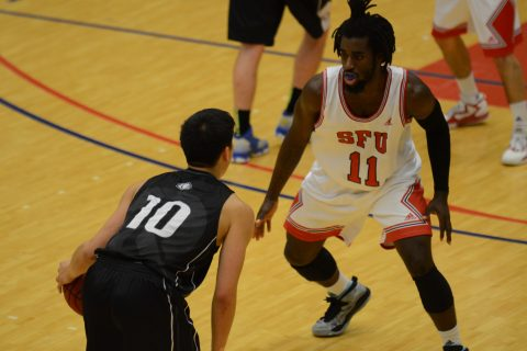 Kedar Wright (#11) led SFU with 22 points, going 9 for 17 in 25 minutes of action.