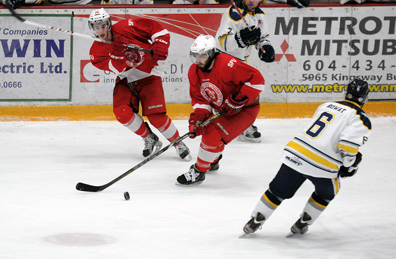 SFU is for now top of the BCIHL with 15 points in 10 games.