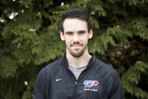 This season, Kelloway finished second at the UW Indoor Preview in the 400-metre.